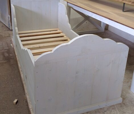 steigerhouten kinderbed in white wash